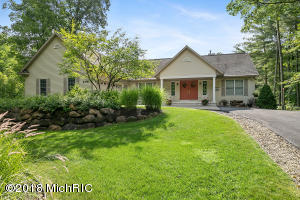 6758 Beechnut Ridge, Canadian Lakes, MI 49346