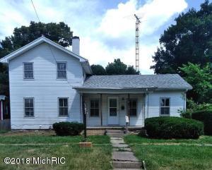 213 Oak Street, Hudson, MI 49247