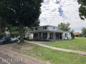 126 W Oak Street NE, Sand Lake, MI 49343