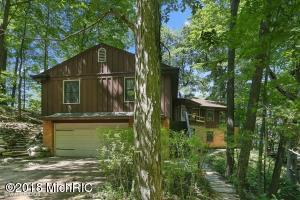 14003 Perkins Lane, Lakeside, MI 49116
