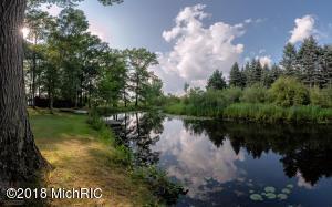 1646 N Lake Road, Stanton, MI 48888