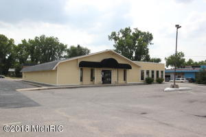 940 28TH Street SE, Grand Rapids, MI 49508