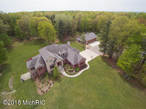 Property for sale at 3323 W B Avenue, Plainwell,  MI 49080