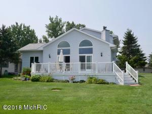 7250 Holiday Drive, Canadian Lakes, MI 49346