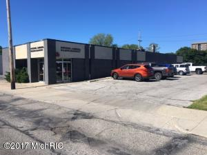 1065 Peck Street, Muskegon, MI 49440