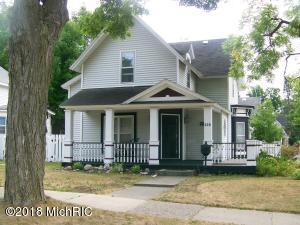 302 Howard Street, Cadillac, MI 49601