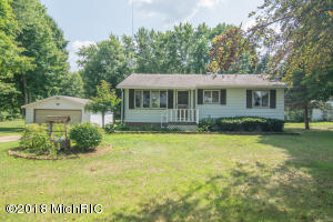 11151 4 Mile Road, Morley, MI 49336