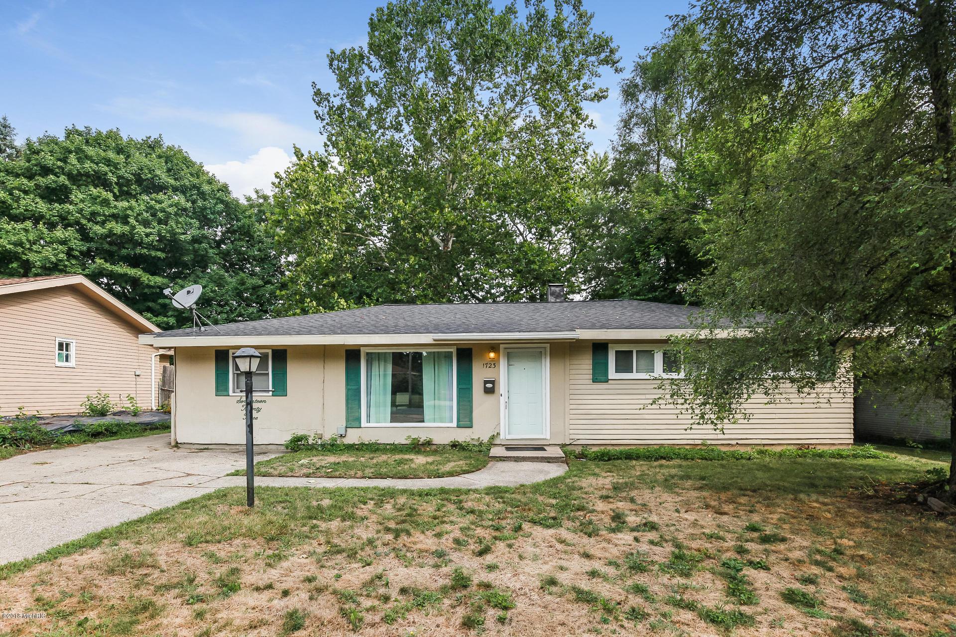 1723 Matilda Street NE, Grand Rapids, MI 49503