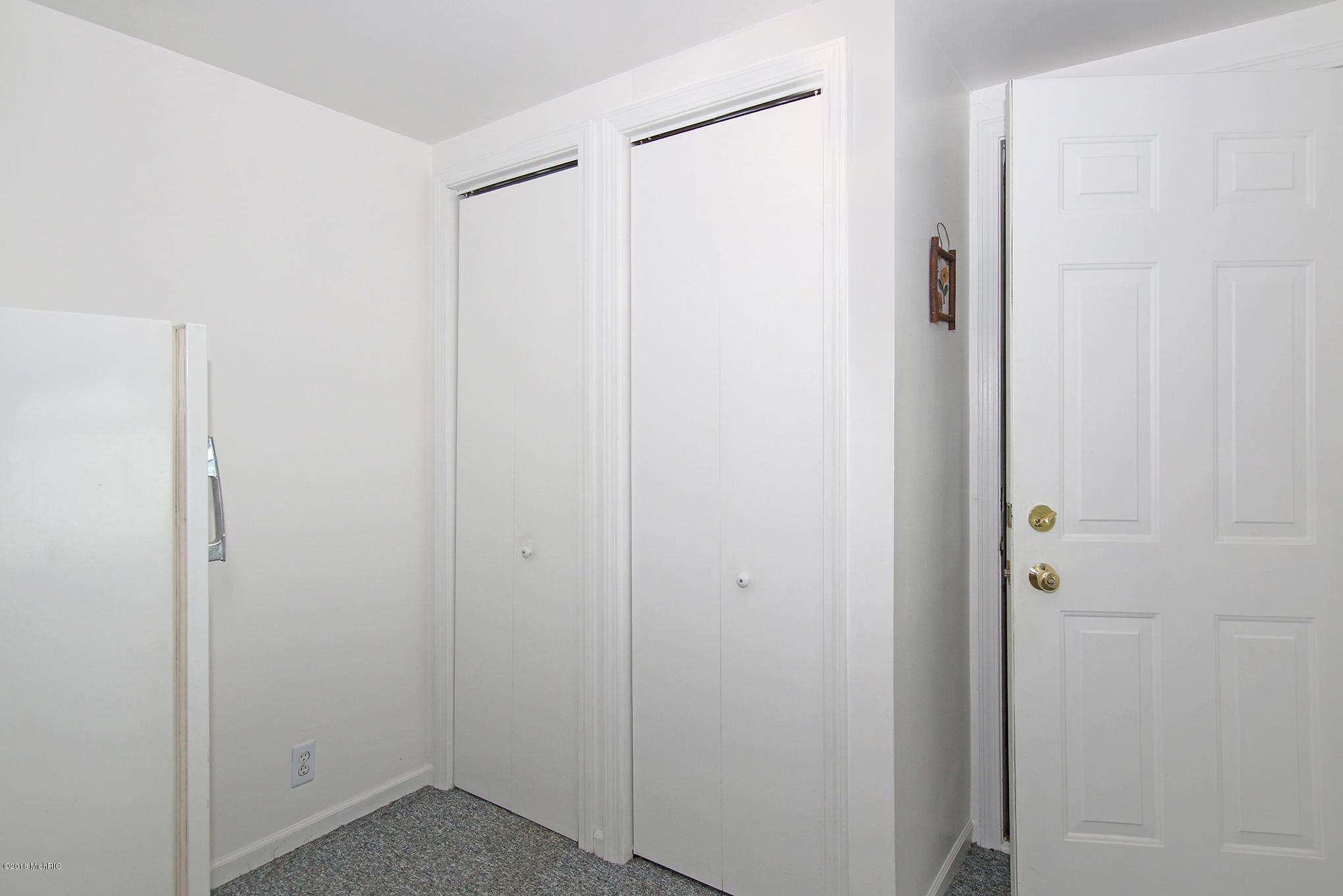 Entry & storage