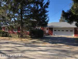 1894 Lakeview Drive, Manistee, MI 49660