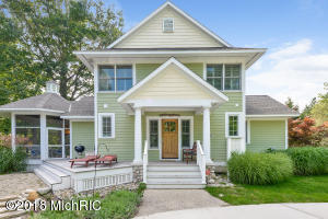 7180 Cottage Lane, South Haven, MI 49090