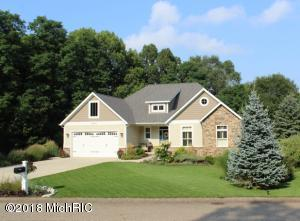 2842 Lake Grove Path, Stevensville, MI 49127