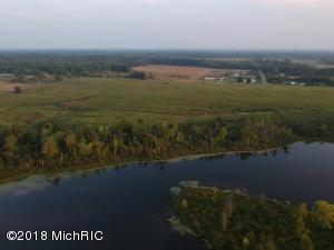 2282 Fleck Road, Six Lakes, MI 48886