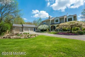 1320 Fero Avenue NE, Lowell, MI 49331