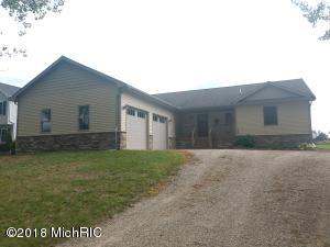 1065 Circle Drive, Lake Isabella, MI 48893
