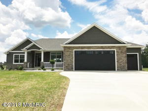 627 Blackberry Drive, Coldwater, MI 49036