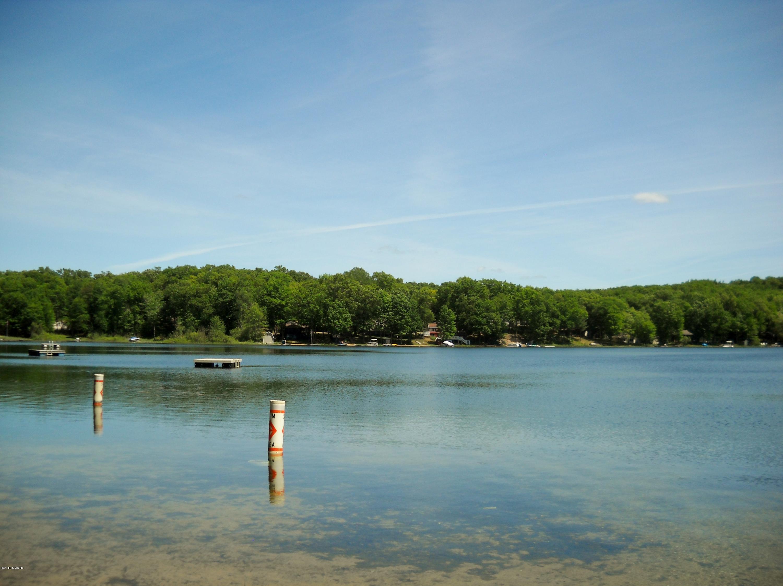 Pettibone Lake  Park