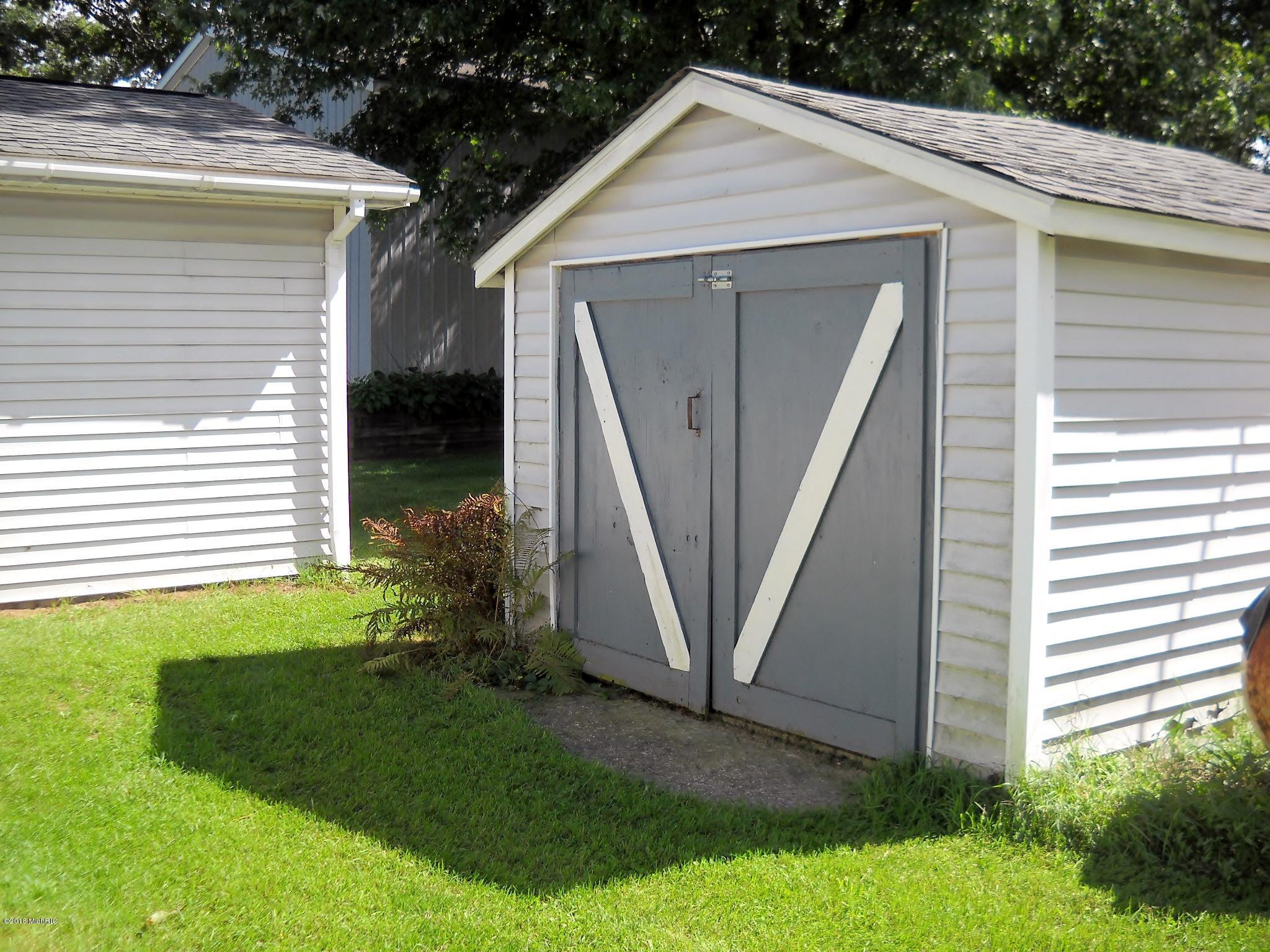 Storage shed #2