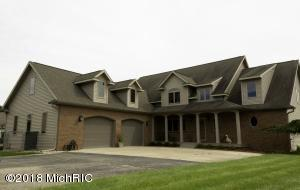 1097 S Bundy Drive, Lake Isabella, MI 48893