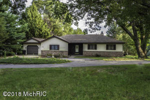 10381 Valley Court, Canadian Lakes, MI 49346