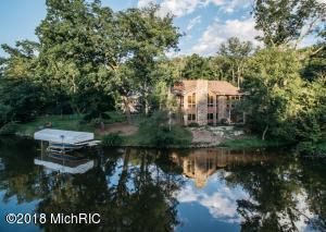 2331 Cascade Springs Drive SE, Grand Rapids, MI 49546