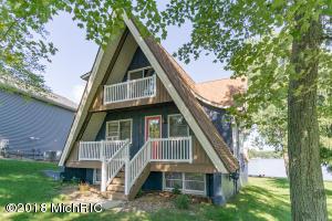 7970 W Royal Road, Canadian Lakes, MI 49346