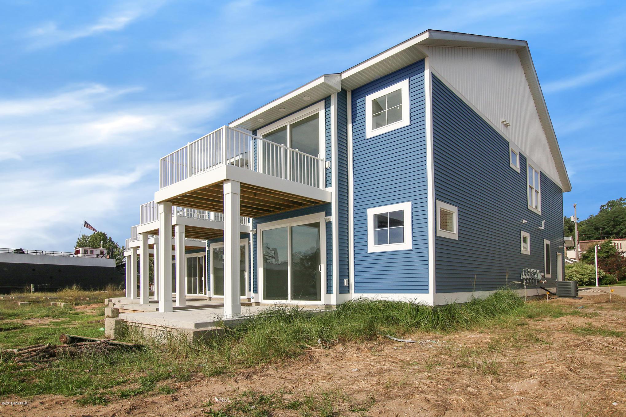 129 Joslin Cove Drive, #129, Manistee, MI 49660, MLS # 18007636   Jaqua  Realtors