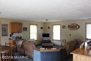 38454 W Maple Ridge, Hulbert, MI 49748