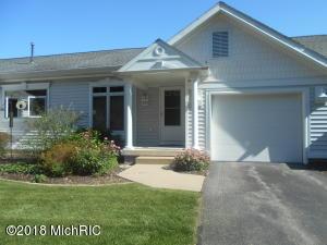 293 Shoreside Drive S 40, Grand Rapids, MI 49548