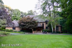 6614 Denham Court SE, Grand Rapids, MI 49546