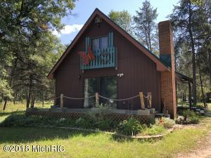 880 3 Mile Road, Luther, MI 49656
