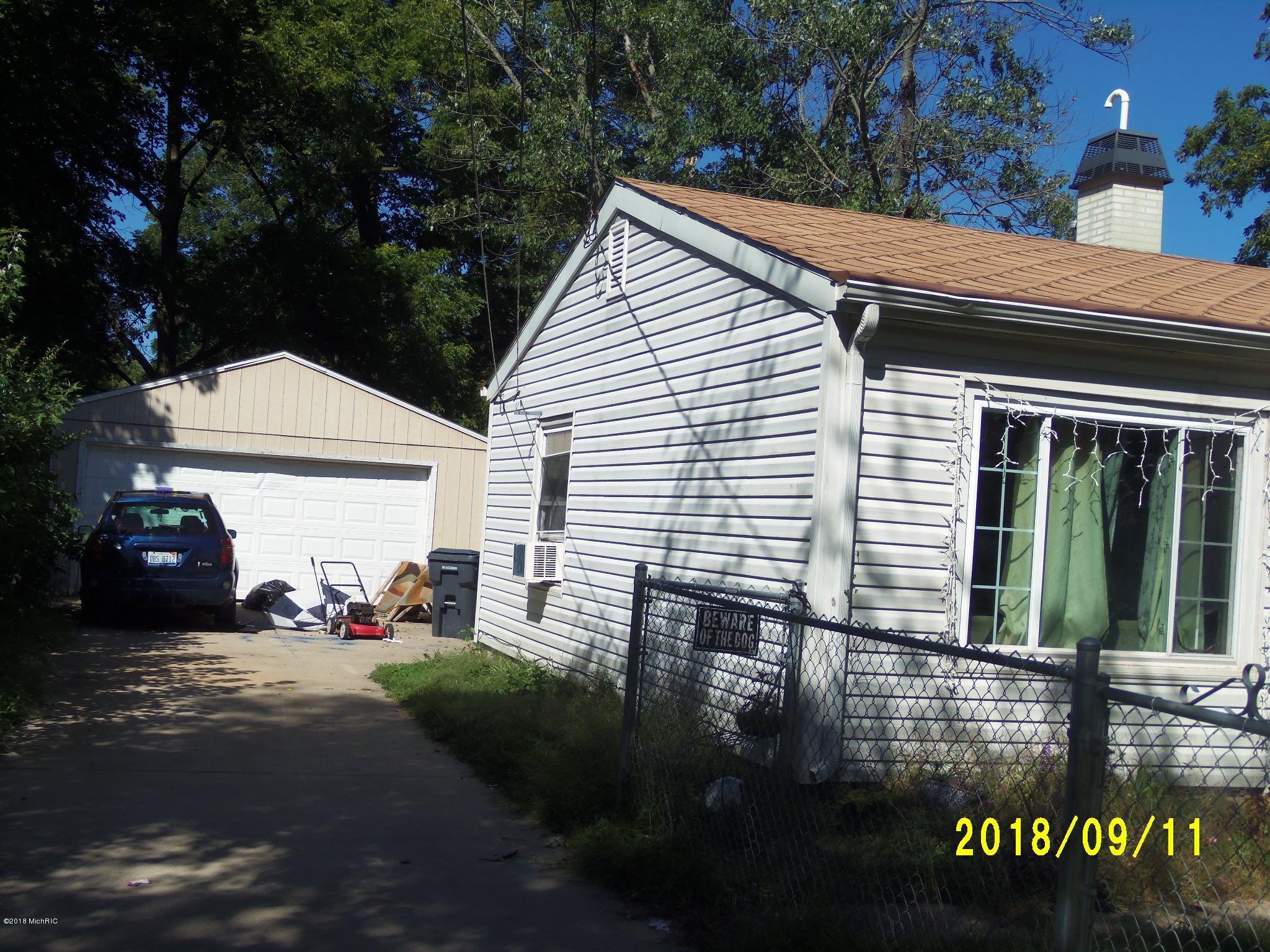 2523 Ashton Avenue, Kalamazoo, MI 49004