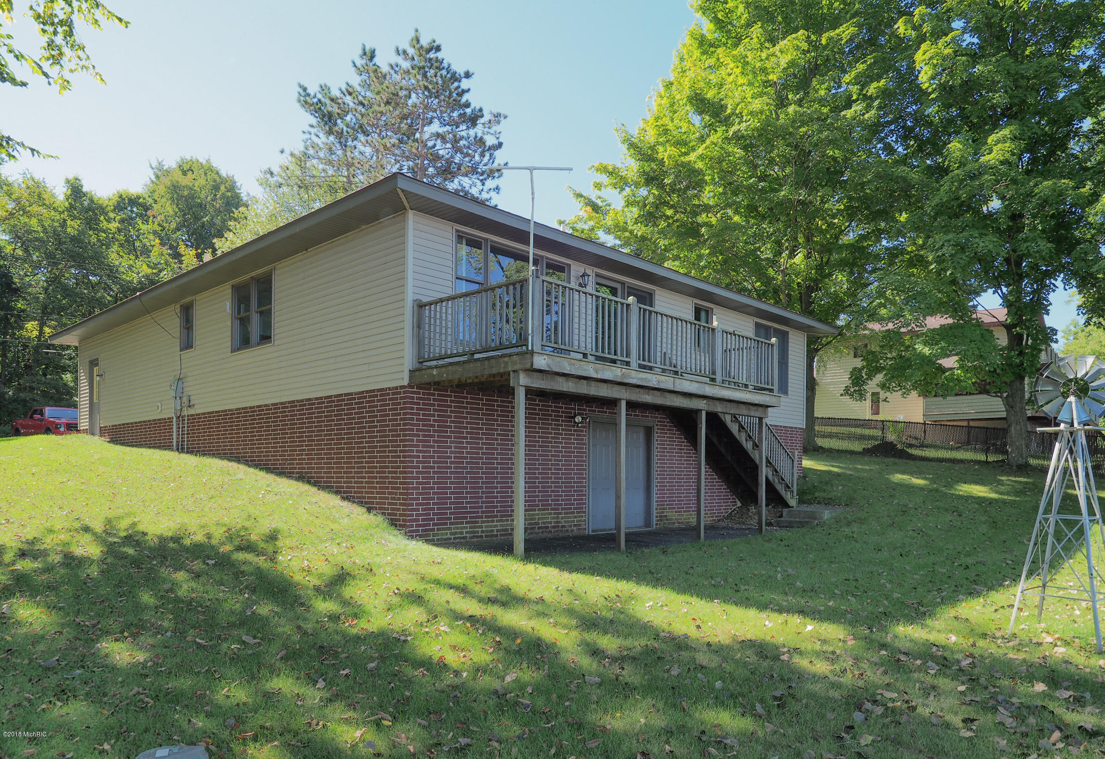 1137 Tolly Park, Union City, MI 49094