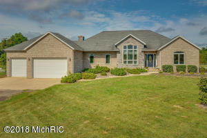 5445 Hipps Hollow Road, Eau Claire, MI 49111