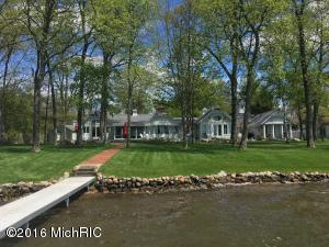 Property for sale at 4962 Woodlawn Beach Drive, Hickory Corners,  Michigan 49060