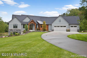 4540 Stonegate Ridge Ct NE Court NE, Ada, MI 49301