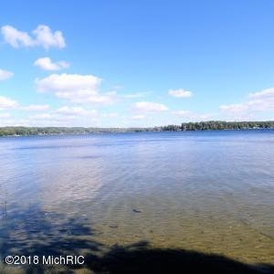 Effie Drive, Chippewa Lake, MI 49320