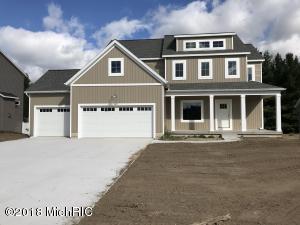 2071 Eastview Drive, Jenison, MI 49428