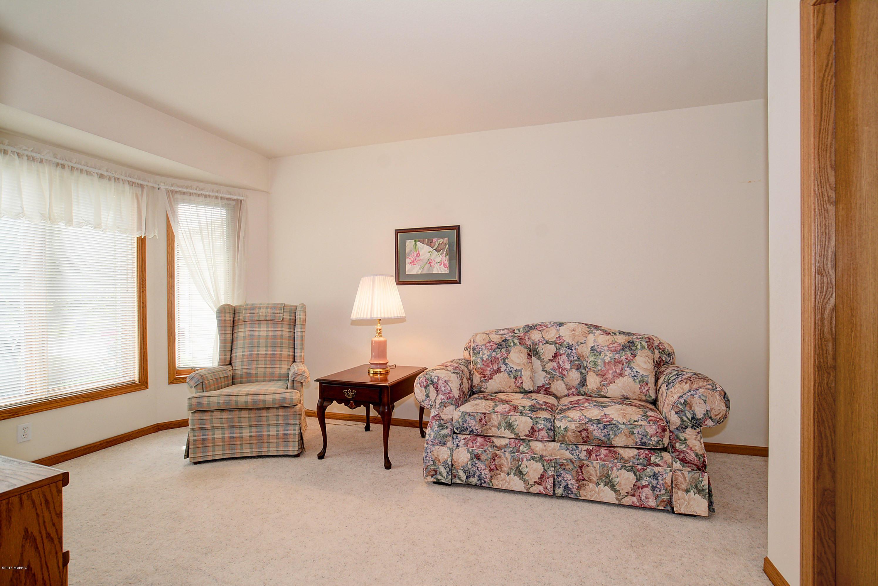 4286 Redbush Drive Sw 61 Grandville 49418 Sold Listing Mls
