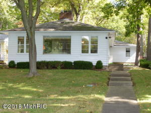 Property for sale at 510 E East Gull Lake Drive, Augusta,  MI 49012