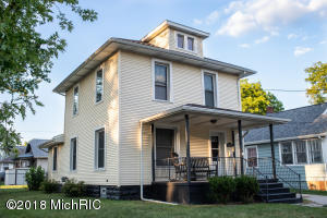 1518 William Street, Lansing, MI 48915