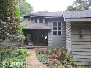 1202 Shore Crest Drive, South Haven, MI 49090