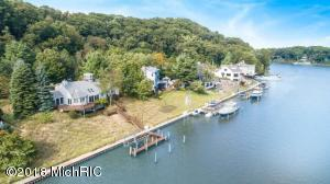 Property for sale at 879 Park Street, Saugatuck,  MI 49453