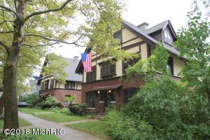 203 Morris Avenue SE, Grand Rapids, MI 49503