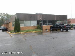 1615 Leonard Street NE, Grand Rapids, MI 49505