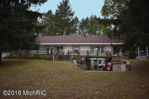 7905 E Hansen Road, Fountain, MI 49410