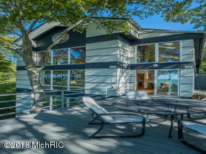 41564 Wilderness Dunes Lane, Covert, MI 49043