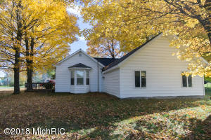 513 Cherry Street, Luther, MI 49656