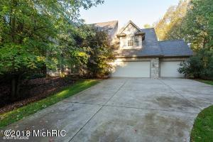6821 walden Park Lane, Richland, MI 49083