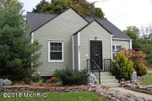 951 Pennoyer Avenue, Grand Haven, MI 49417